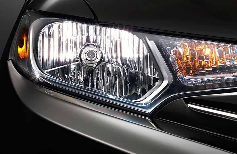 headlight close-up of the 2017 Honda Fit EX-L