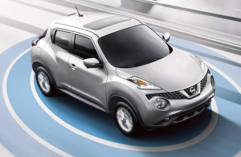 silver 2017 Nissan Juke exterior front side top