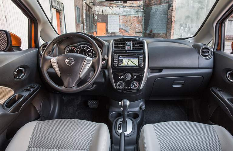 2018 Nissan Versa Note Front Seats And Dashboard