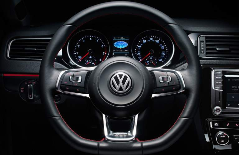 2017 Volkswagen Jetta technology and safety