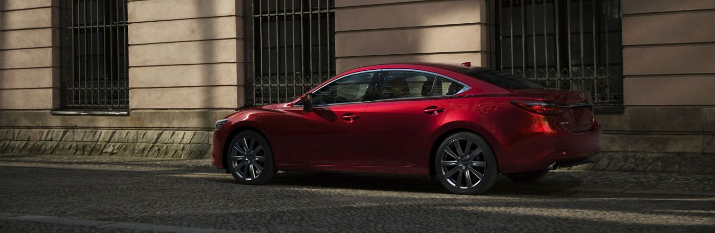 A left profile photo of the 2018 Mazda6.