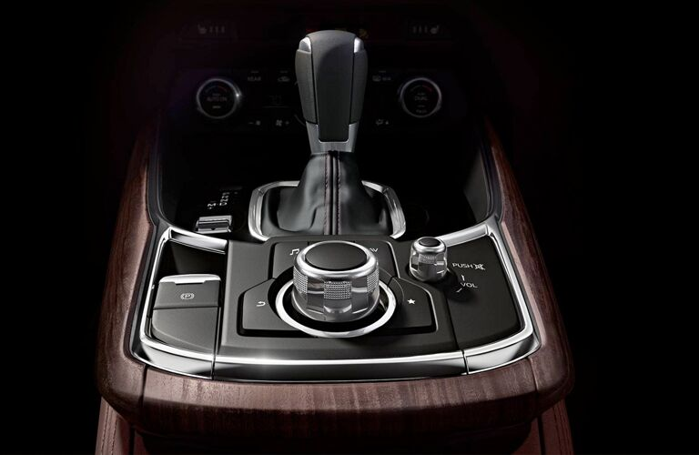 A photo of the gear-shifter in the 2019 Mazda CX-9.
