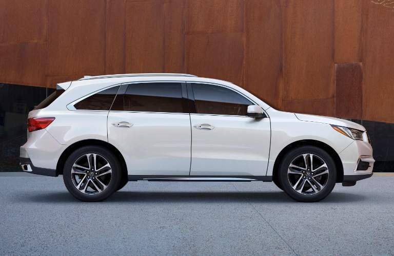 2018 acura mdx side view in white diamond pearl