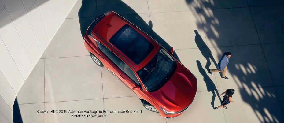 Shown:RDX 2019 Advance Package in Performance Pearl