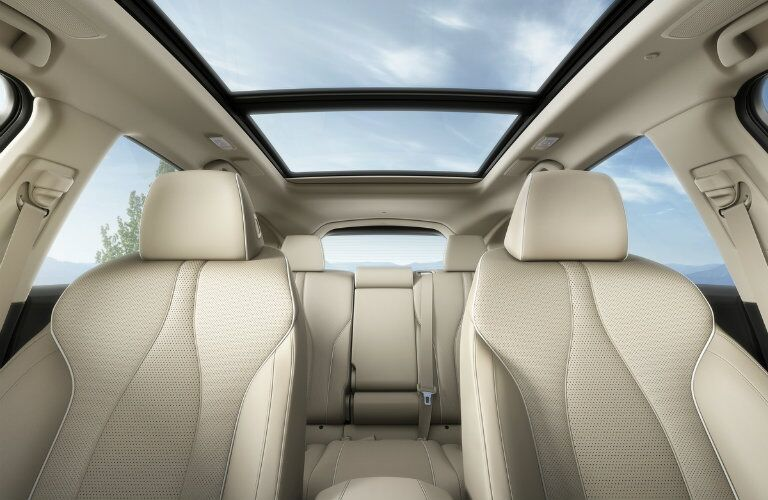 Interior of the 2019 Acura RDX with panoramic moonroof