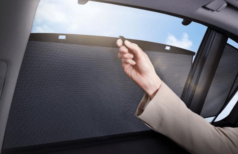 2019 Acura RLX window shades