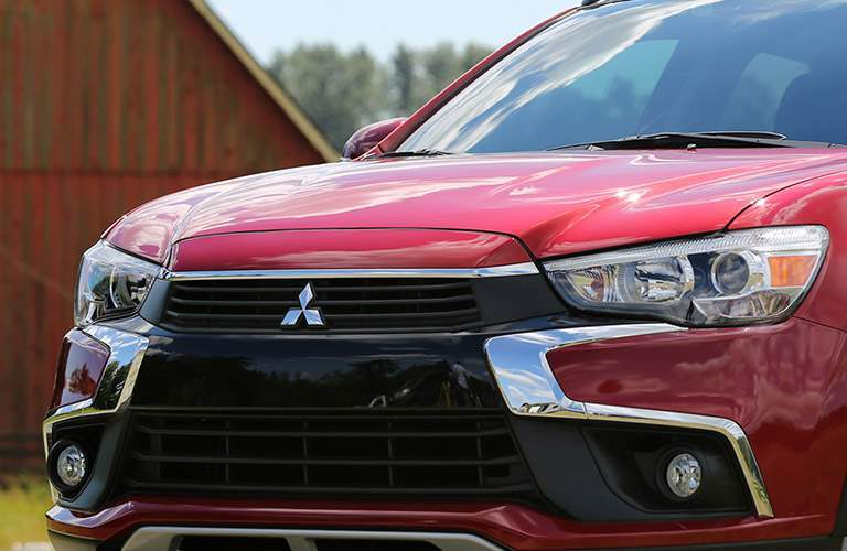 picking between the outlander sport ES and outlander sport LE trims for the 2017 Mitsubishi outlander sport