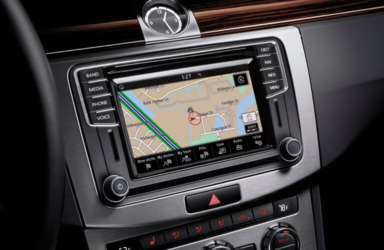 2017 Volkswagen CC infotainment system with navigation