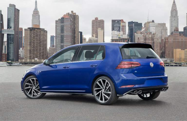 2018 Volkswagen Golf R overlooking a city
