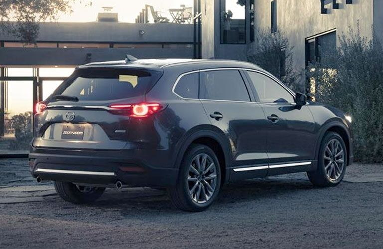 led taillights on the 2016 mazda cx-9