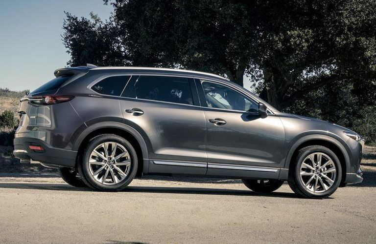 2016mazda cx-9 in machine gray