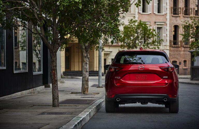 2017 Mazda CX-5 rear bumper hatch design