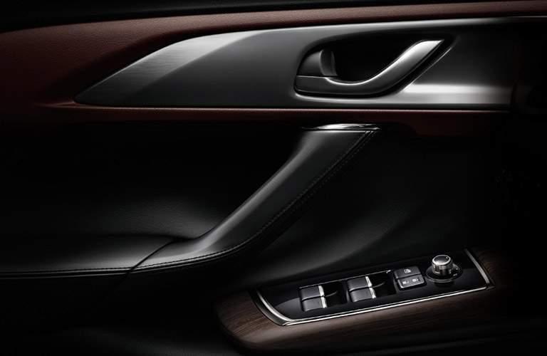 2018 Mazda CX-9 door controls