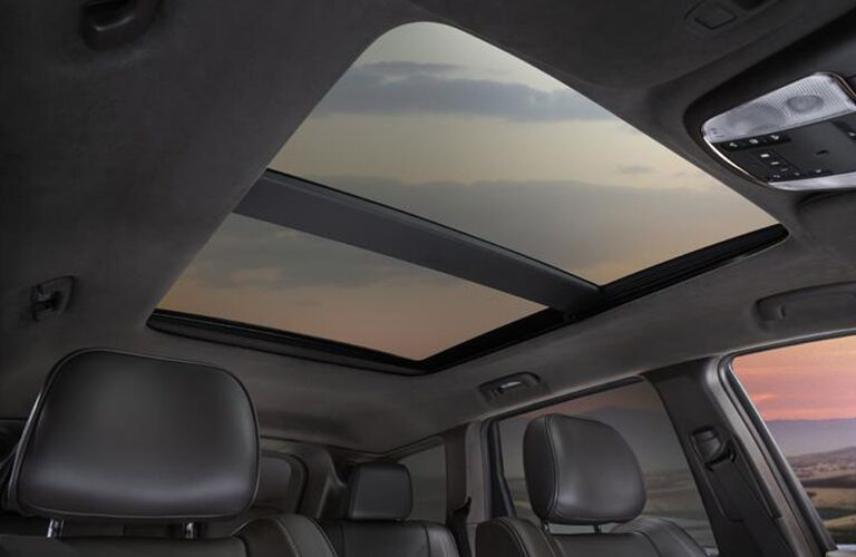 sunroof in 2020 Jeep Grand Cherokee