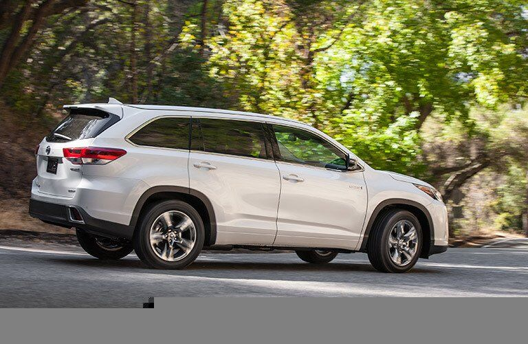 2017 Toyota Highlander Hybrid hands Free Hatch