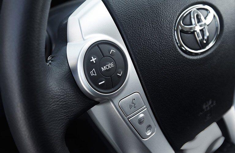 2017 Toyota Prius c steering wheel mounted controls