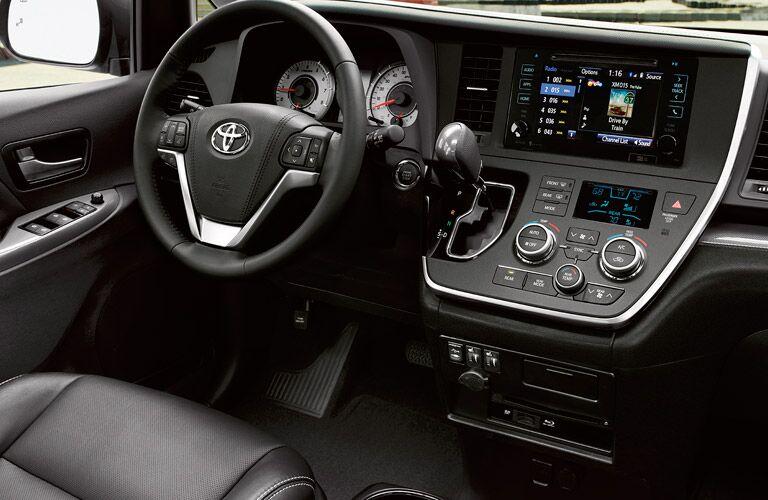 2017 Toyota Sienna dashboard