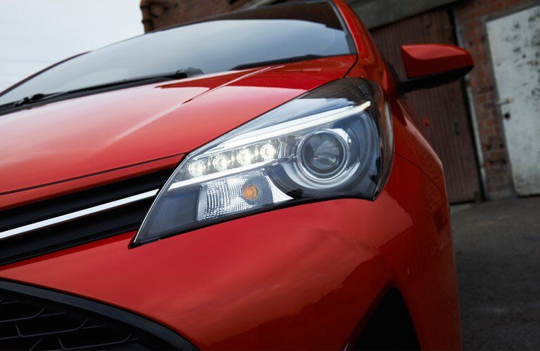 2017 Toyota Yaris LED headlights