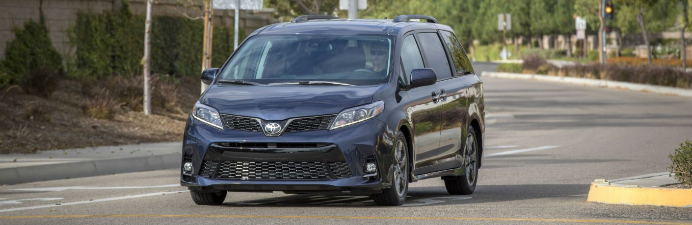A head-on photo of the 2019 Toyota Sienna on the road.
