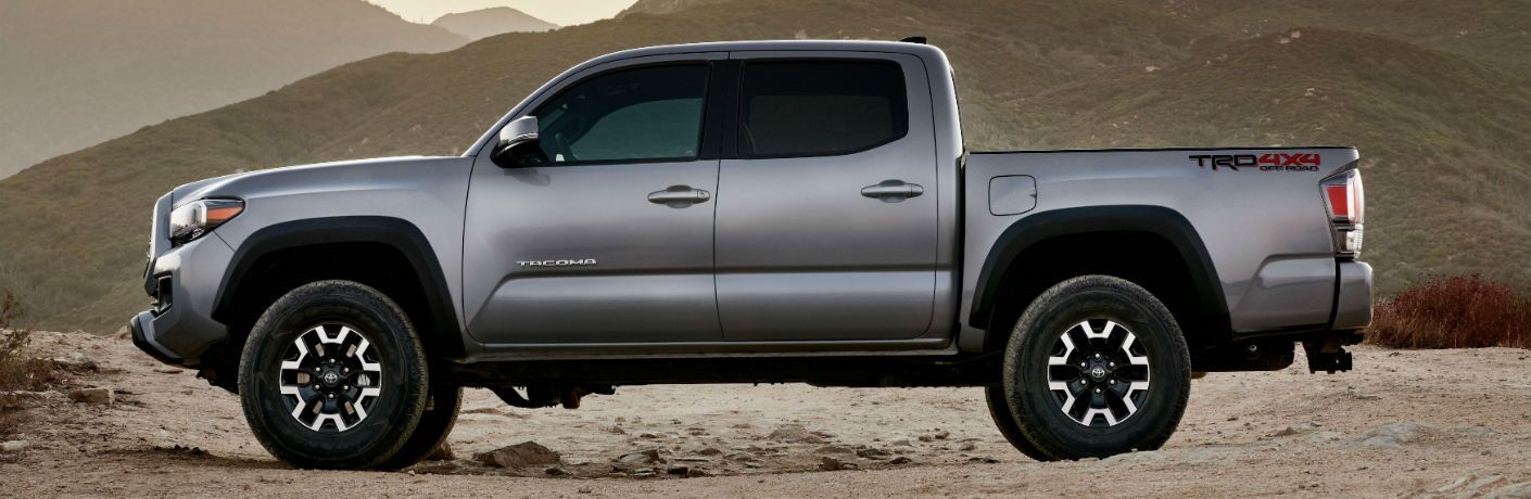 A left profile photo of the 2020 Toyota Tacoma.