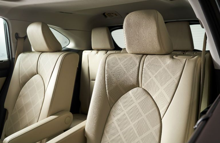 A photo of the front seats in the 2020 Highlander.