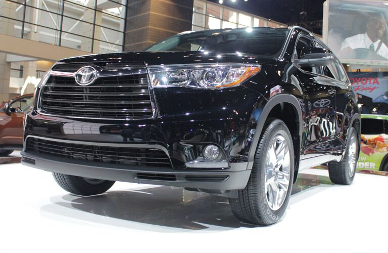 A photo of a pre-owned Toyota Highlander.