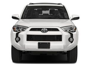 2018 Toyota 4Runner vs. 2018 BMW X4