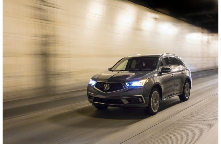 2020 Acura MDX through a city tunnel