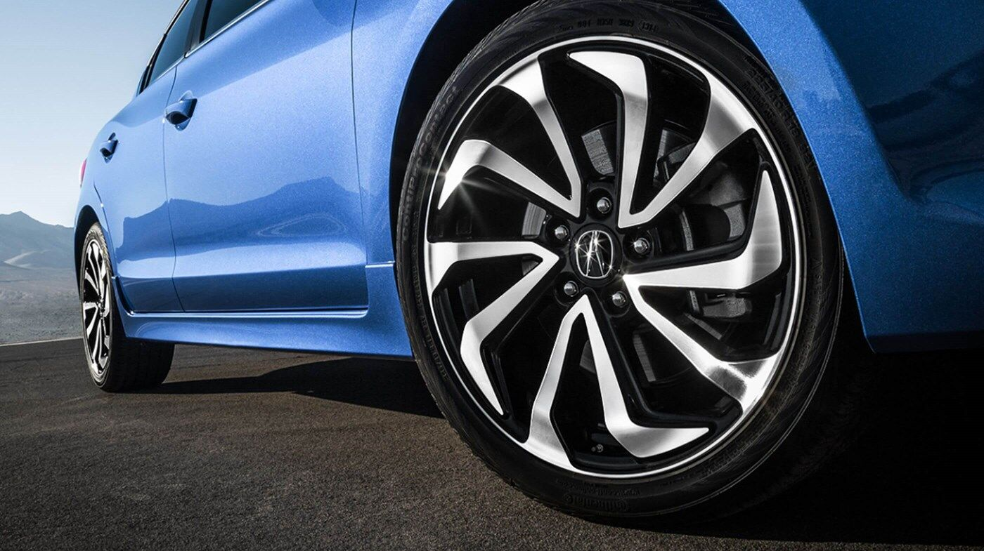 close up wheel view of blue 2019 acura ilx