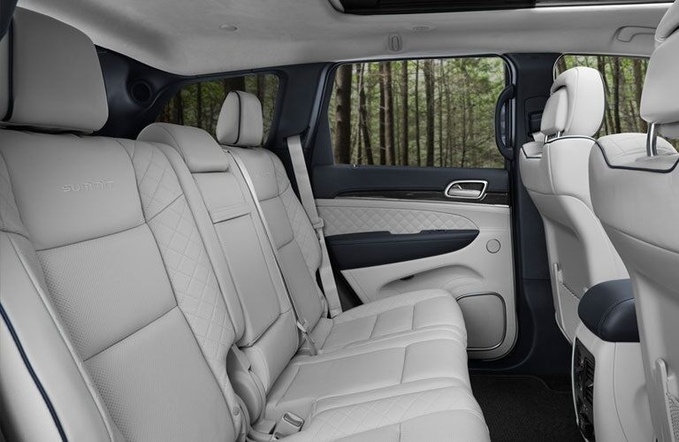 Rear seats in the 2018 Jeep Grand Cherokee