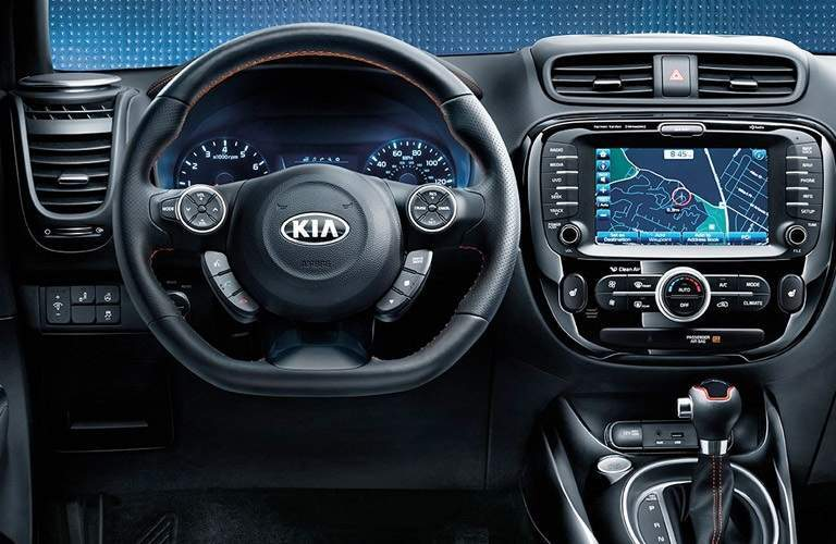 steering wheel and infotainment system of the 2017 Kia Soul
