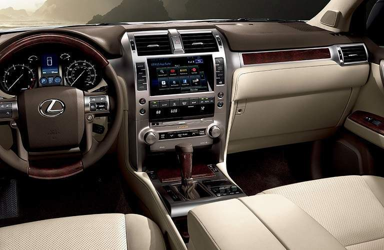 steering wheel and infotainment system of the 2016 Lexus GX