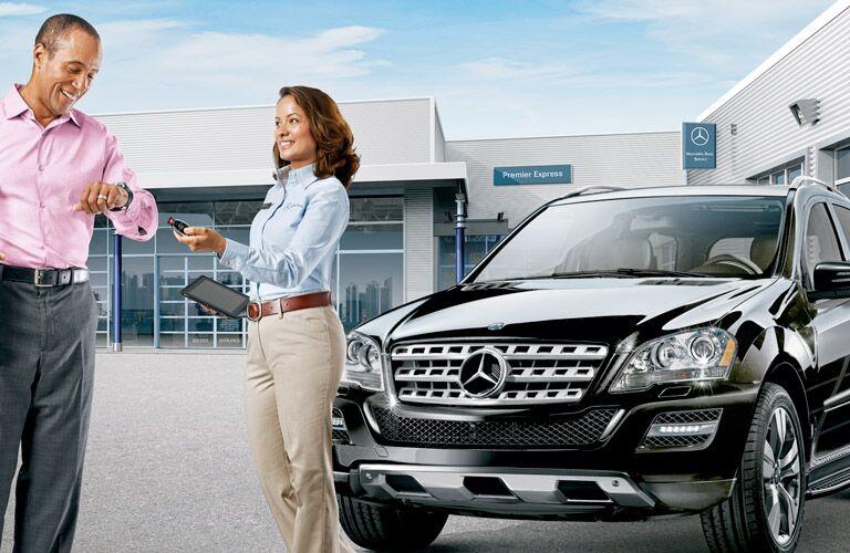 Mercedes-Benz Roadside Assistance Sign & Drive