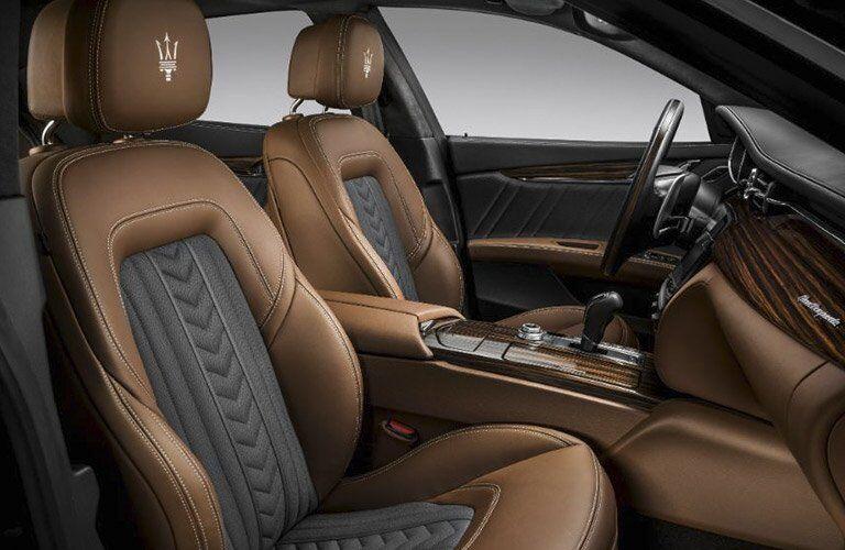 2017 Maserati Quattroporte luxury and refinement
