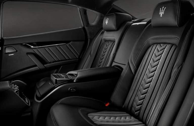 second row seating in the 2018 Maserati Quattroporte