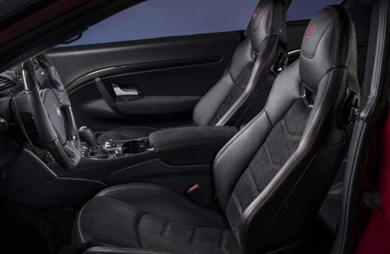 2018 Maserati GranTurismo interior front seats