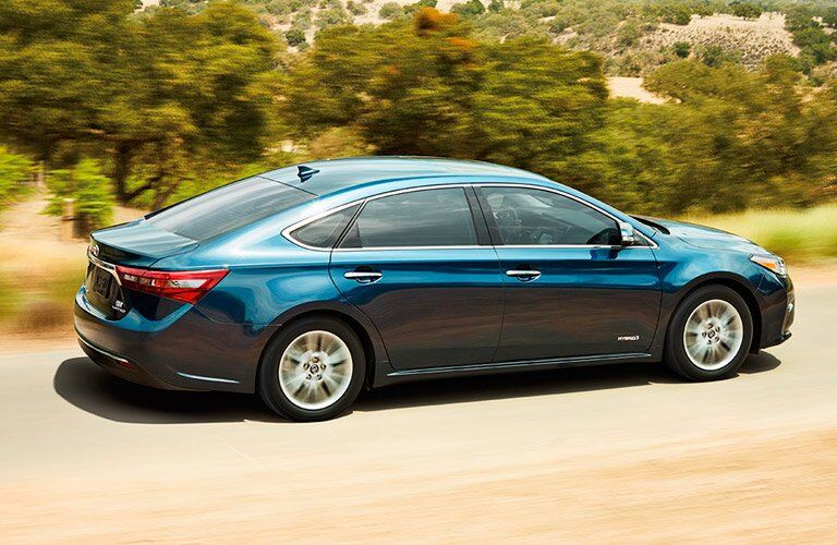 2017 Toyota Avalon Hybrid near Downers Grove IL Performance