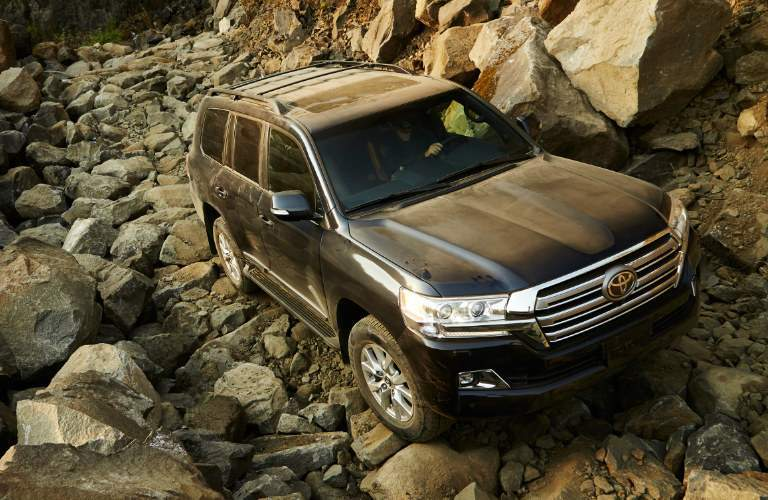 2018 Toyota Land Cruiser near Downers Grove IL Off-Road Features