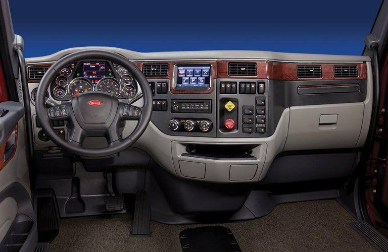 Peterbilt 567 interior