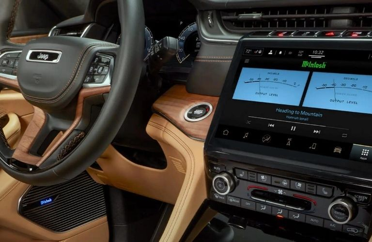 """2021 Jeep Grand Cherokee L Uconnect® 5 NAV with 10.1"""" Touchscreen"""