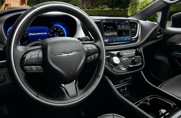 2021 Chrysler Pacifica black dashboard
