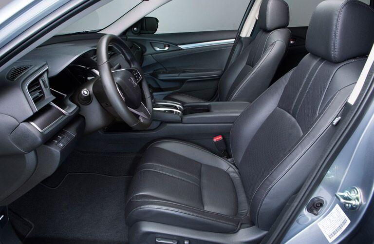 2016 Honda Civic vs 2016 Toyota Corolla Interior
