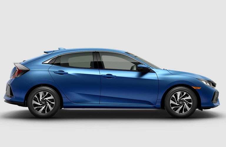 2017 Honda Civic Hatchback vs 2017 Volkswagen Golf Blue Exterior