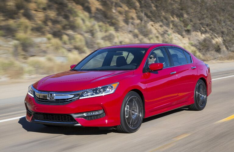 2017 Honda Accord vs 2017 Toyota Camry Performance
