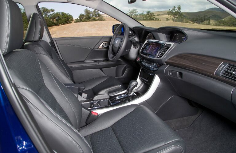2017 Honda Accord Hybrid Schaumburg IL Interior
