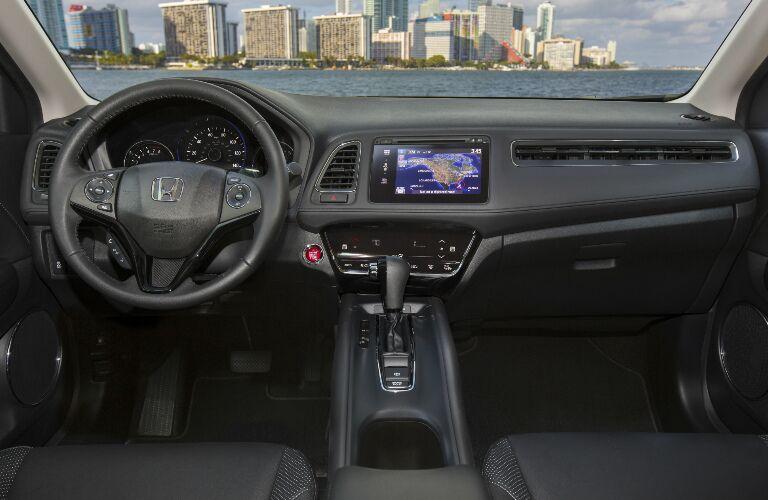 2017 Honda HR-V Schaumburg IL Interior and Technology