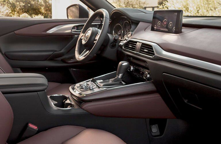 2016 Mazda CX-9 interior features and technology