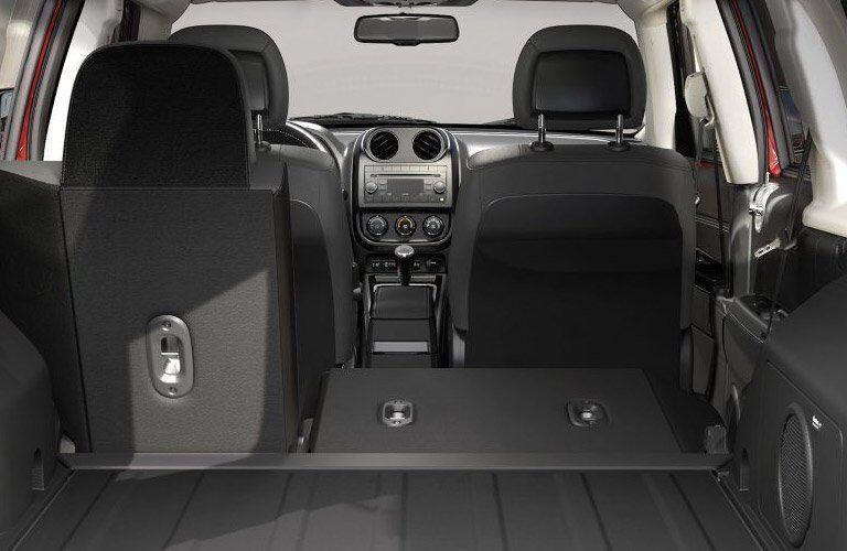 2017 Jeep Patriot 60-40 second row folding seat