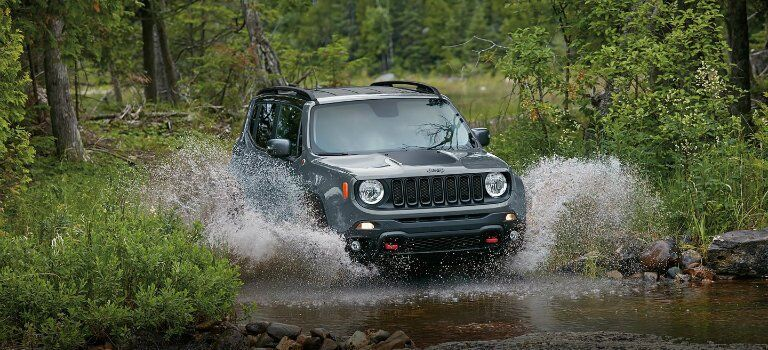 2017 Jeep Renegade water fording