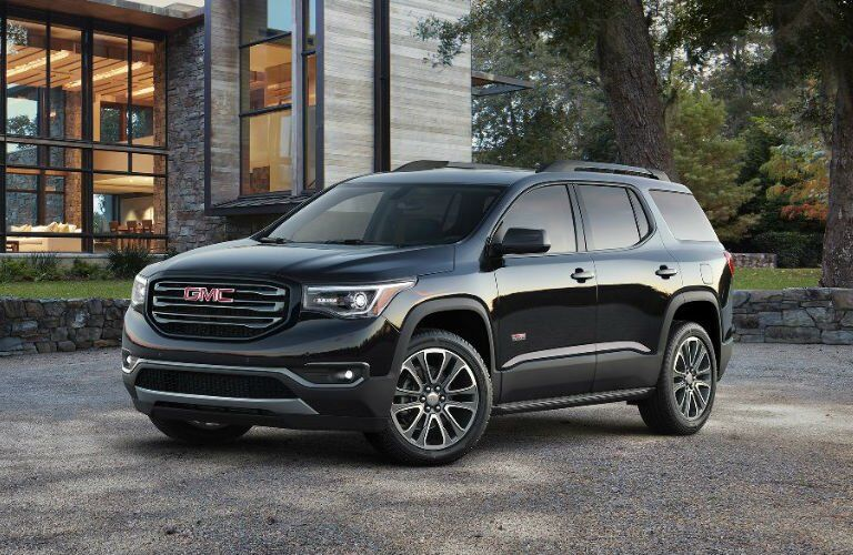 2017 GMC Acadia Exterior Front Profile